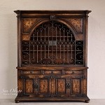 Obispo Wide Gated Hutch